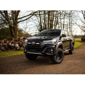 LAZER LAMPS Grille-Kit TOYOTA Hilux INVINCIBLE X (2018+) ST4